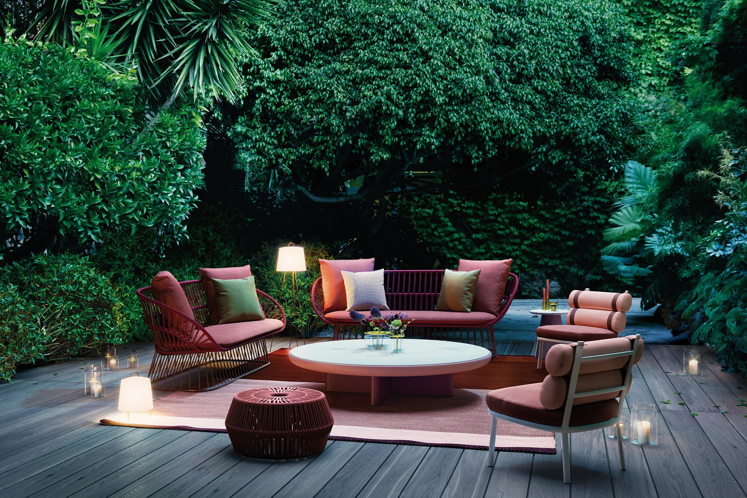 We have hand picked the international high end outdoor furniture brands we partner with and promote in south africa