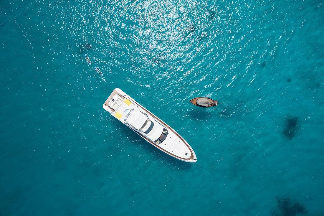 3-dhoni-cruise