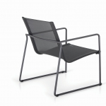 Asta - The idea behind the design was the mix of materials and the shapes. The stainless steel frame has all the refinement of an indoor, anodized surface but with the practicality and soft touch of a powder coated surface. This, combined with the gently curved backrest, gives the chair a striking yet very welcoming look.