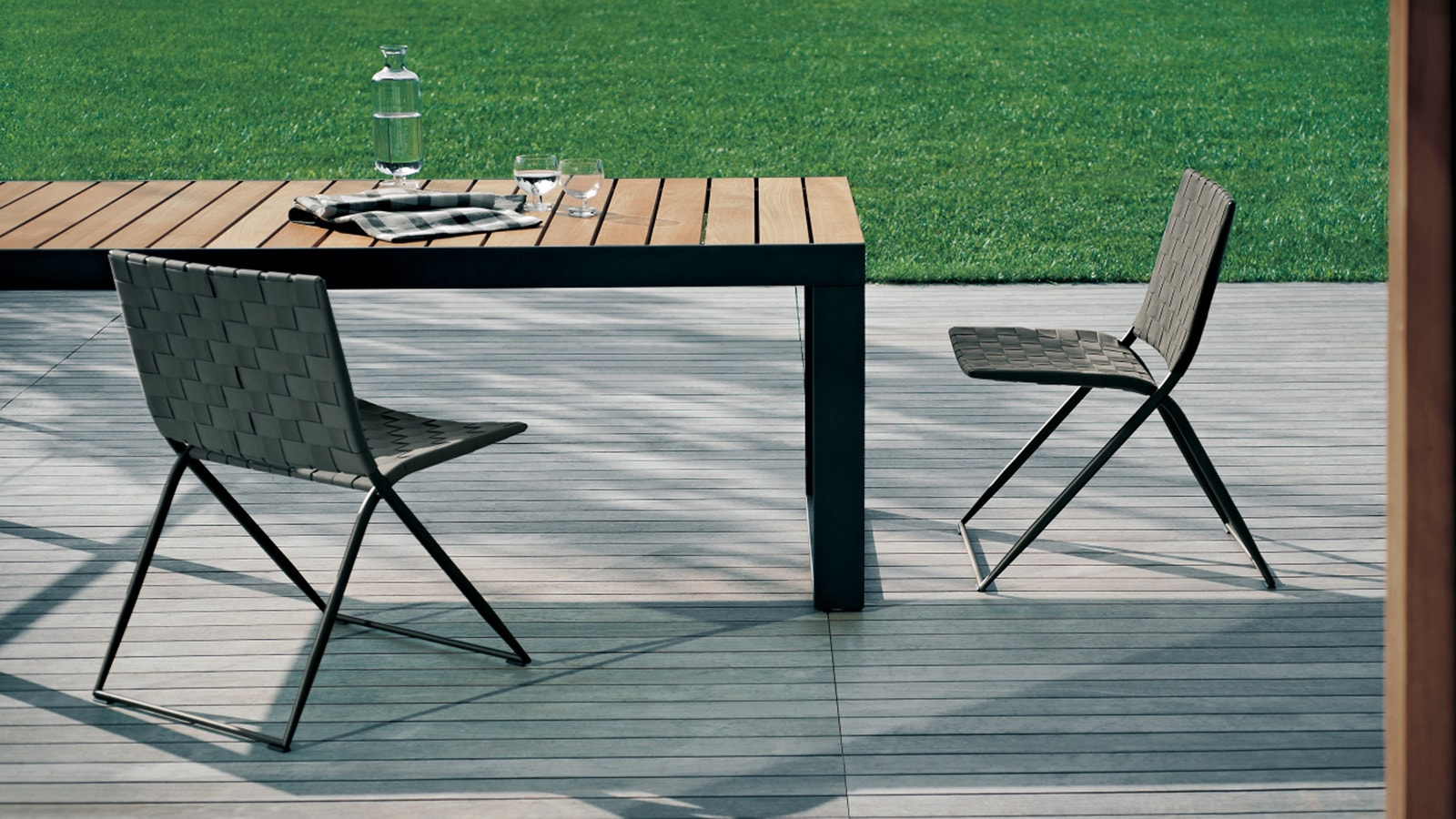 Berenice 360 Chair Marlanteak Outdoor Furniture