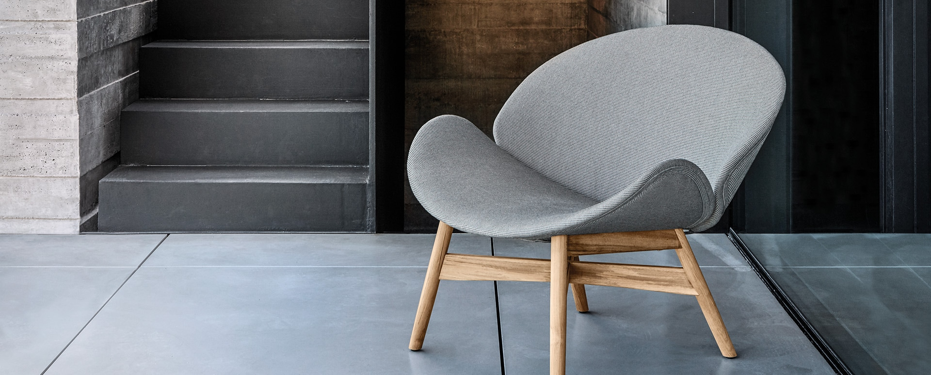 DANSK easy outdoor chair by Gloster