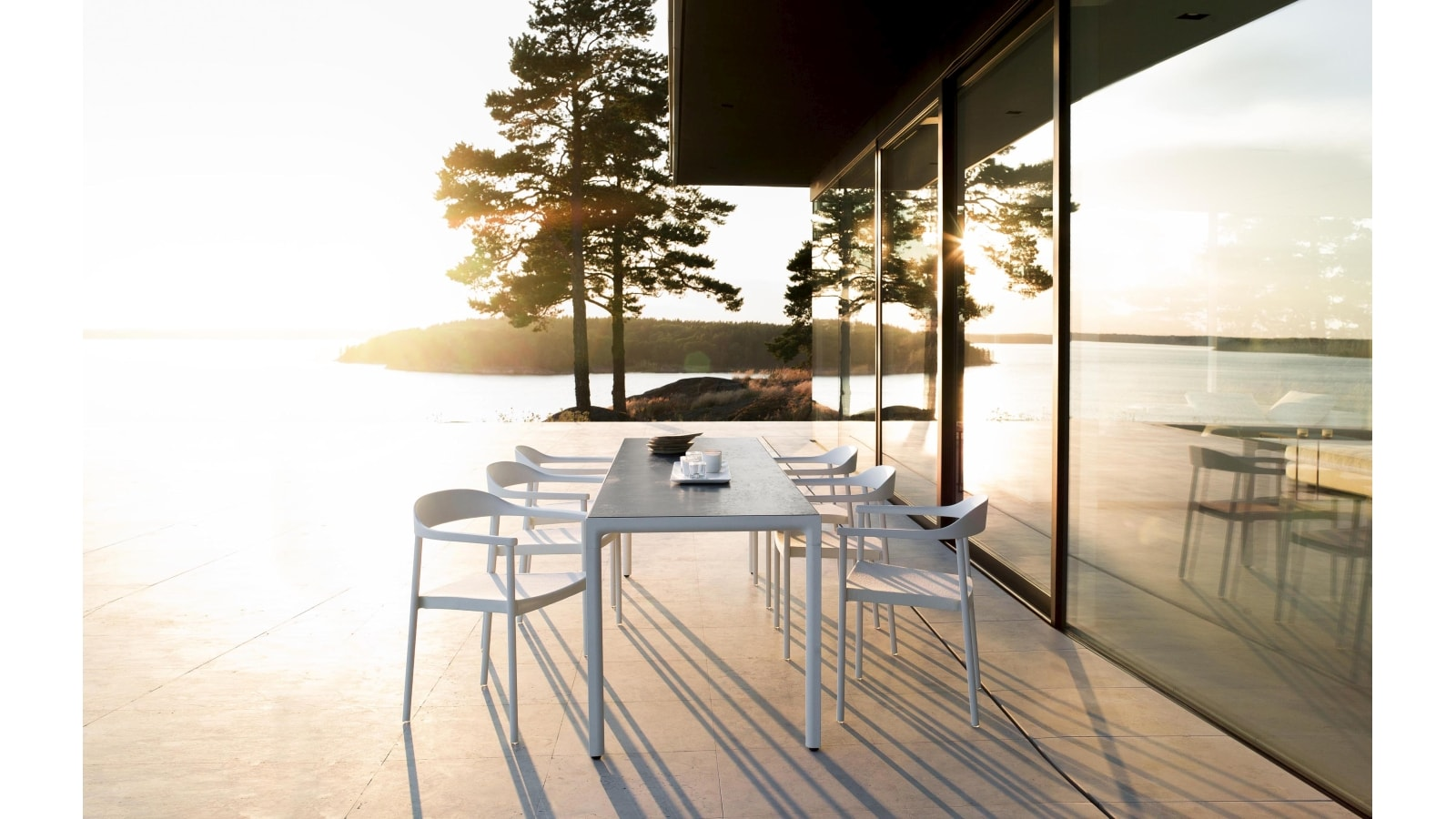 marlanteak  Outdoor Furniture – ILLUM